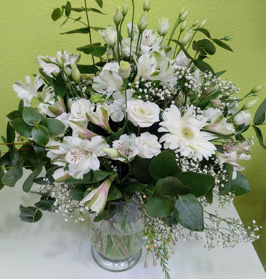 floristeriaparque3_Jarron_de_variados_blanco